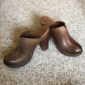 Kork-Ease brown leather clogs